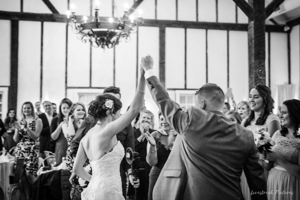LOVESTRUCK PICTURES WEDDING PHOTOGRAPHY PHILADELPHIA -111.jpg