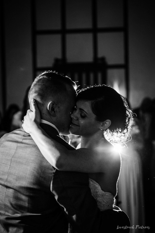 LOVESTRUCK PICTURES WEDDING PHOTOGRAPHY PHILADELPHIA -113.jpg