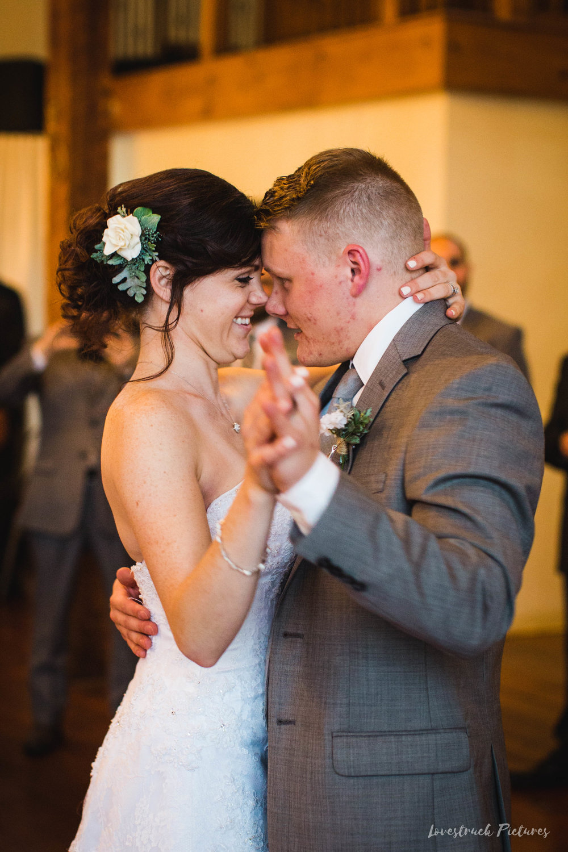 LOVESTRUCK PICTURES WEDDING PHOTOGRAPHY PHILADELPHIA -114.jpg