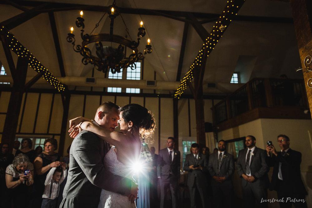 LOVESTRUCK PICTURES WEDDING PHOTOGRAPHY PHILADELPHIA -115.jpg