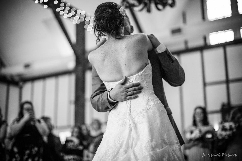 LOVESTRUCK PICTURES WEDDING PHOTOGRAPHY PHILADELPHIA -117.jpg
