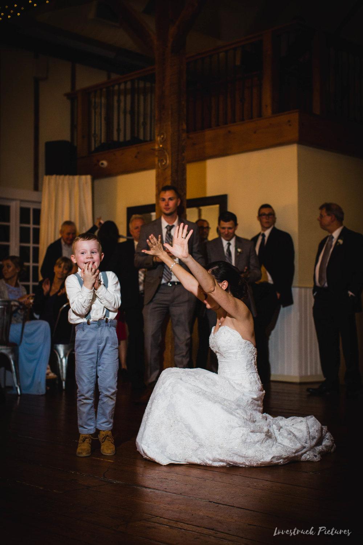 LOVESTRUCK PICTURES WEDDING PHOTOGRAPHY PHILADELPHIA -127.jpg