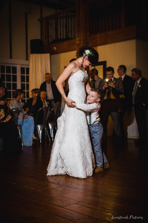 LOVESTRUCK PICTURES WEDDING PHOTOGRAPHY PHILADELPHIA -128.jpg