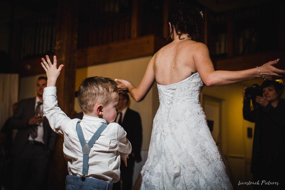 LOVESTRUCK PICTURES WEDDING PHOTOGRAPHY PHILADELPHIA -129.jpg