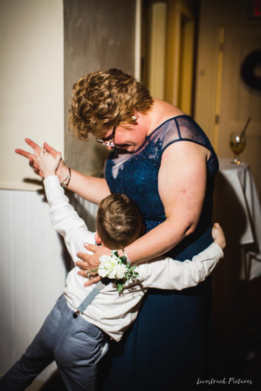 LOVESTRUCK PICTURES WEDDING PHOTOGRAPHY PHILADELPHIA -133.jpg