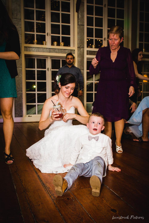 LOVESTRUCK PICTURES WEDDING PHOTOGRAPHY PHILADELPHIA -144.jpg