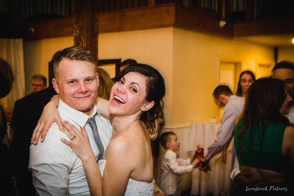 LOVESTRUCK PICTURES WEDDING PHOTOGRAPHY PHILADELPHIA -152.jpg