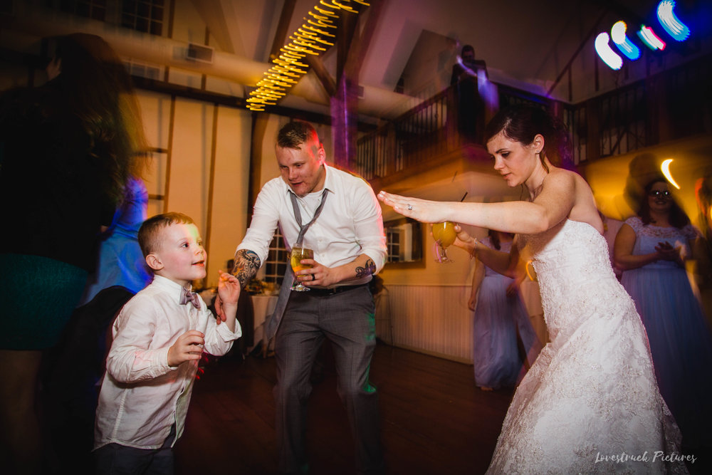 LOVESTRUCK PICTURES WEDDING PHOTOGRAPHY PHILADELPHIA -158.jpg