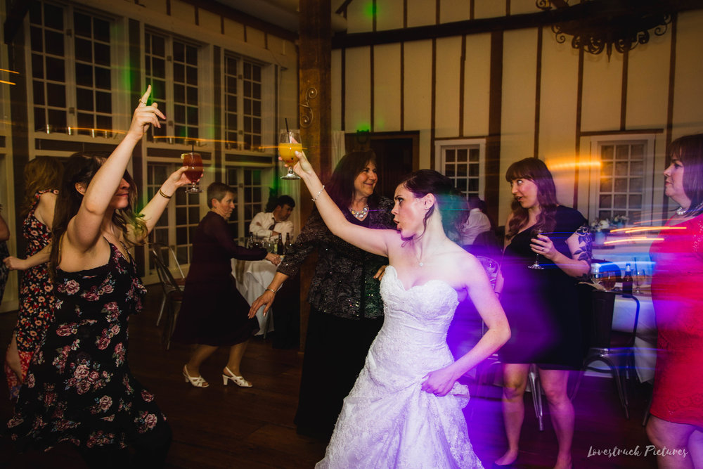LOVESTRUCK PICTURES WEDDING PHOTOGRAPHY PHILADELPHIA -163.jpg