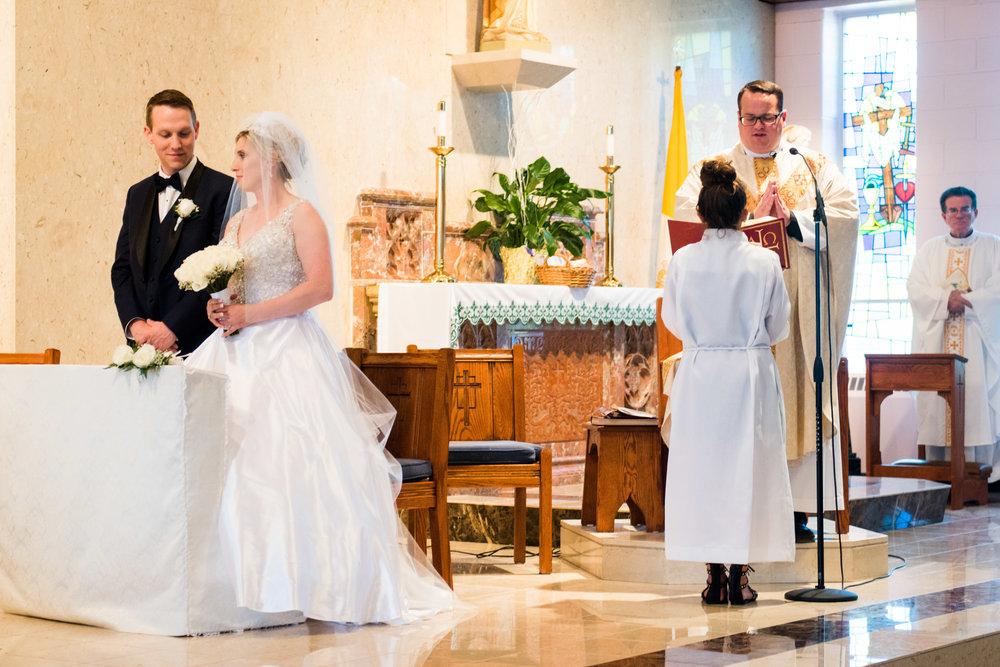 BENSALEM COUNTRY CLUB WEDDING PHOTOGRAPHY - 049EMILY SPONG.jpg