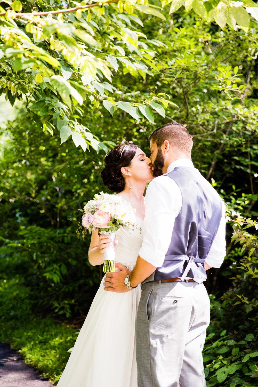 TYLER ARBORETUM WEDDING PHOTOGRAPHY LOVESTRUCK PICTURES-016.jpg