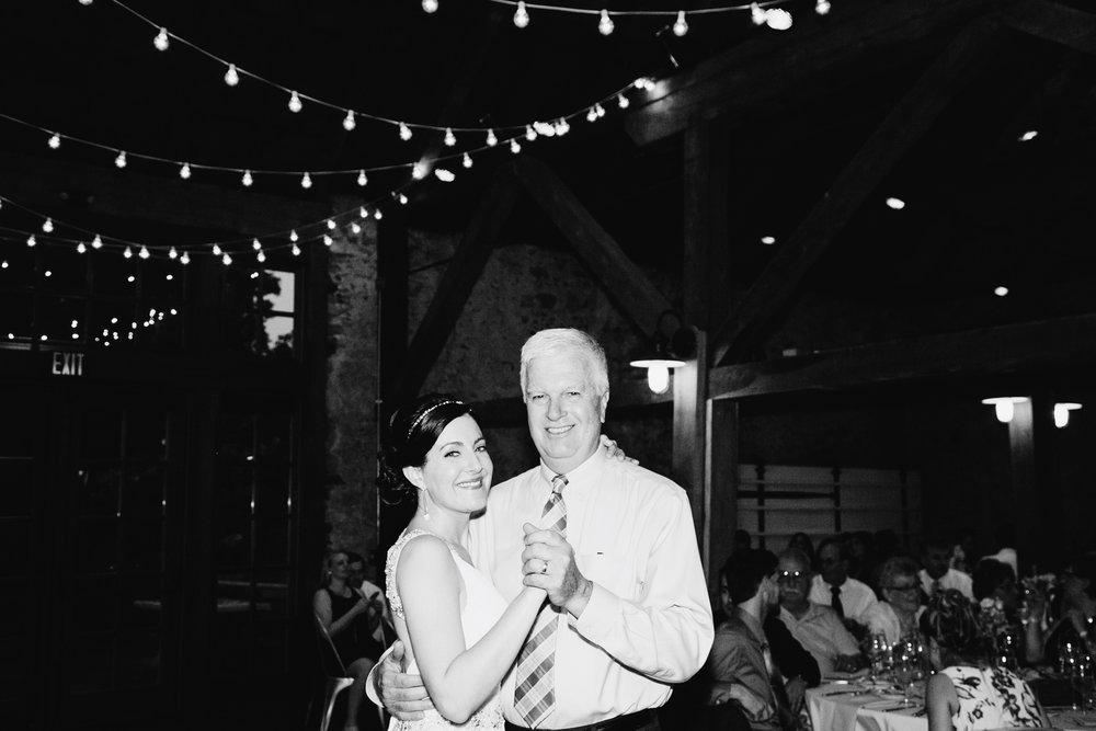 TYLER ARBORETUM WEDDING PHOTOGRAPHY LOVESTRUCK PICTURES-084.jpg