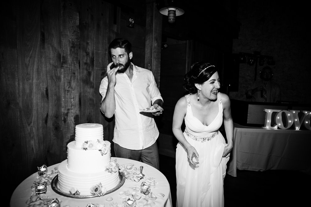TYLER ARBORETUM WEDDING PHOTOGRAPHY LOVESTRUCK PICTURES-101.jpg