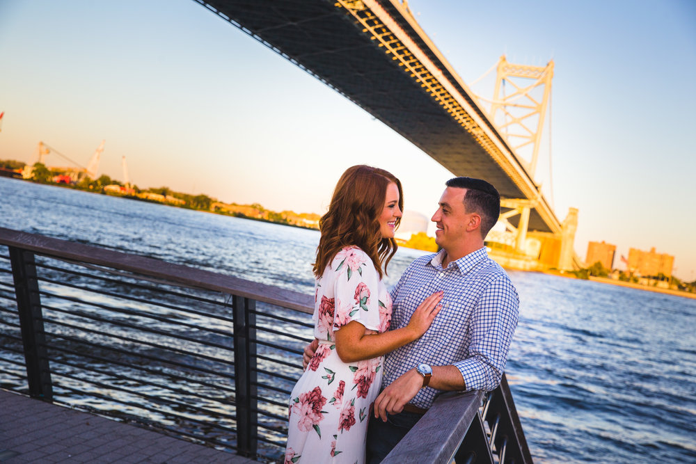 OLD CITY PHILADELPHIA ENGAGEMENT PHOTOS LOVESTRUCK PICTURES - 046.jpg