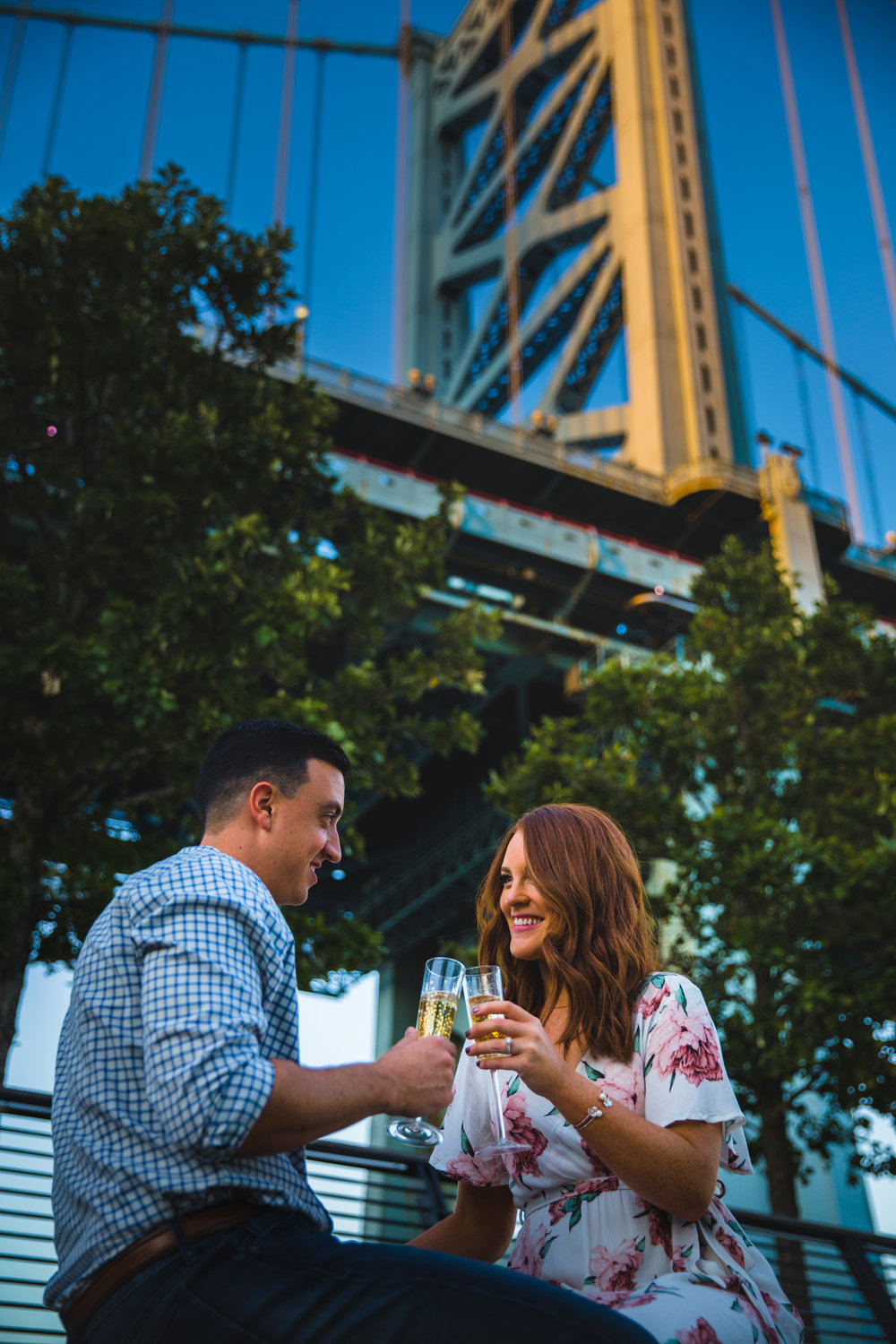 OLD CITY PHILADELPHIA ENGAGEMENT PHOTOS LOVESTRUCK PICTURES - 055.jpg