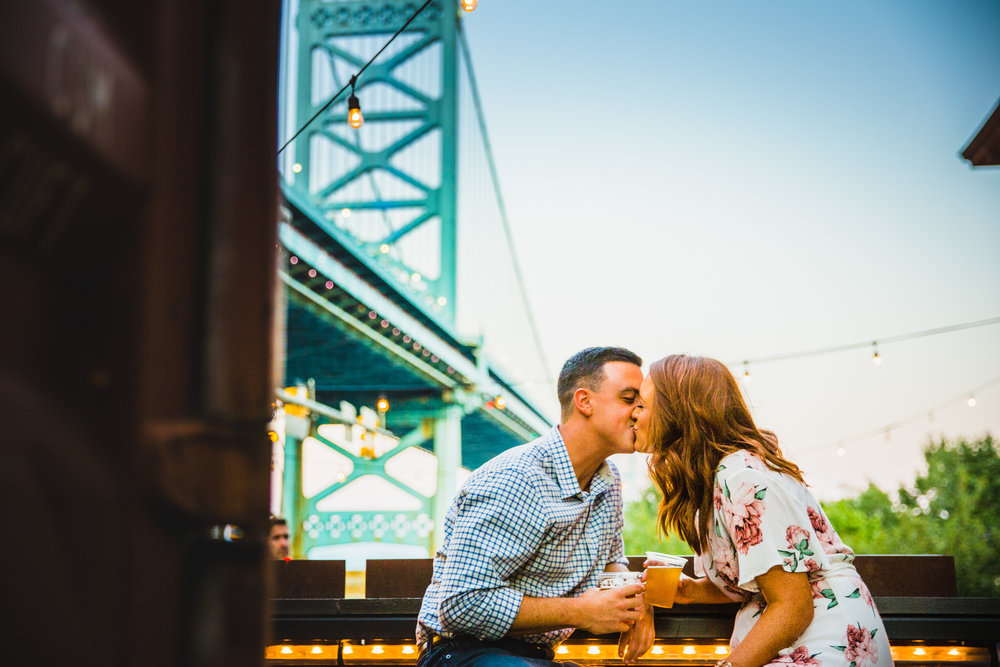OLD CITY PHILADELPHIA ENGAGEMENT PHOTOS LOVESTRUCK PICTURES - 068.jpg