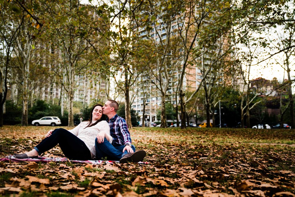 BROOKLYN NY ENGAGEMENT PHOTOS - 1376.jpg