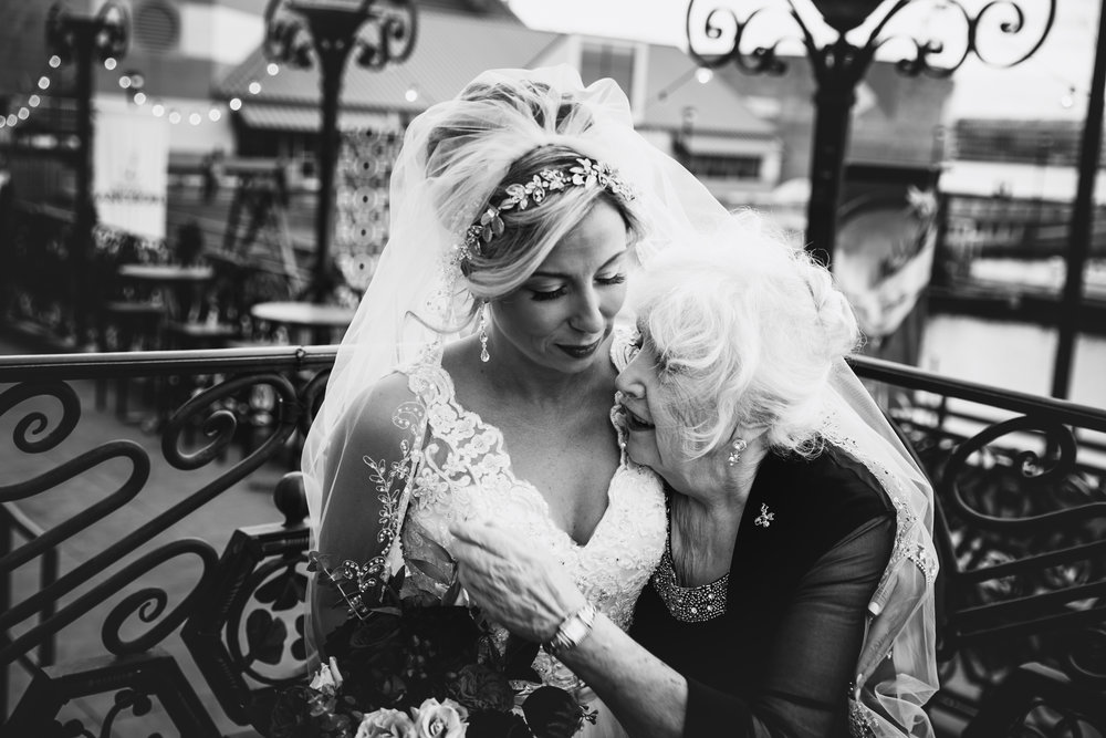 VIE WEDDING PHOTOS - CESCAPHE EVENT GROUP - LOVESTRUCK PICTURES -049.jpg