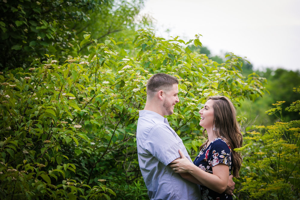 PEACE VALLEY PARK ENGAGEMENT PHOTOS  -  016.jpg