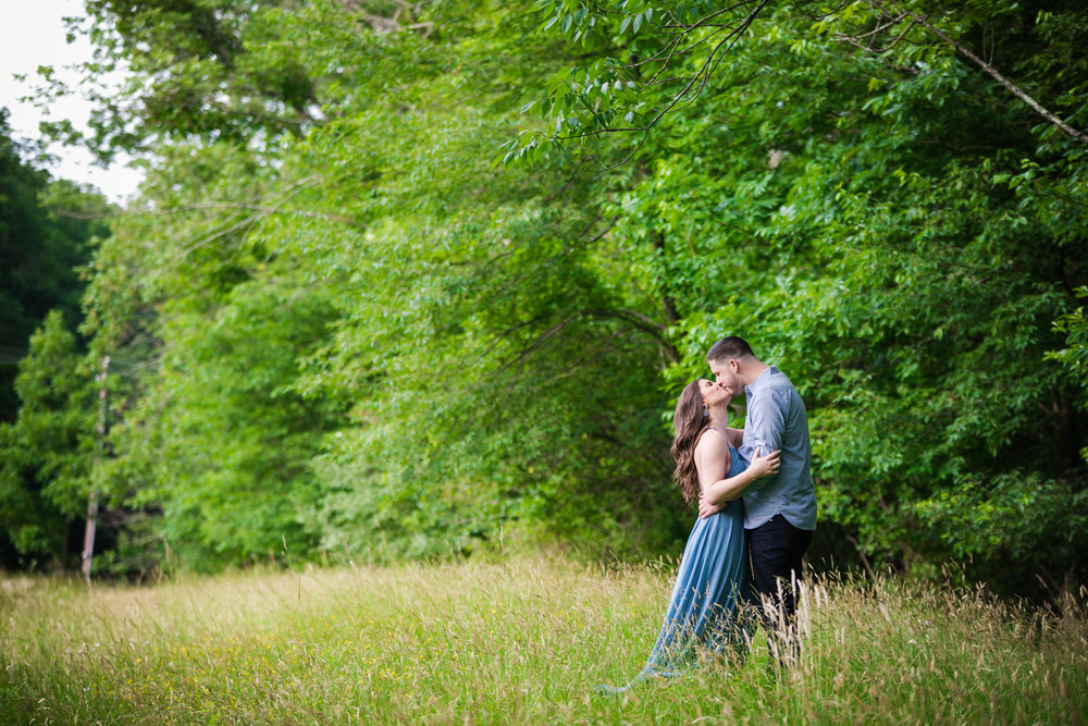 PEACE VALLEY PARK ENGAGEMENT PHOTOS  -  026.jpg
