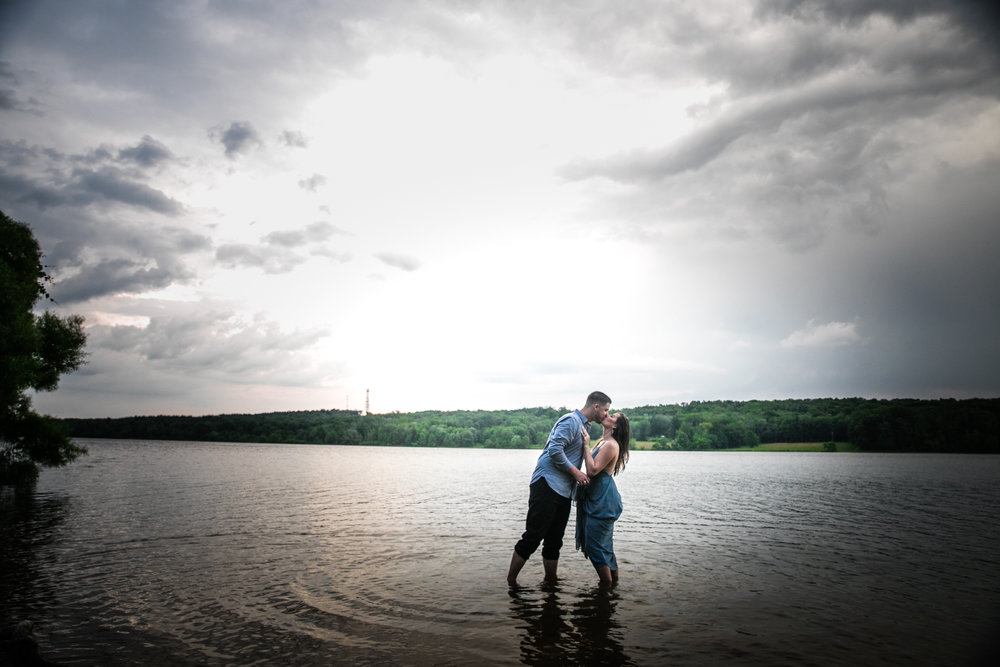 PEACE VALLEY PARK ENGAGEMENT PHOTOS  -  055.jpg