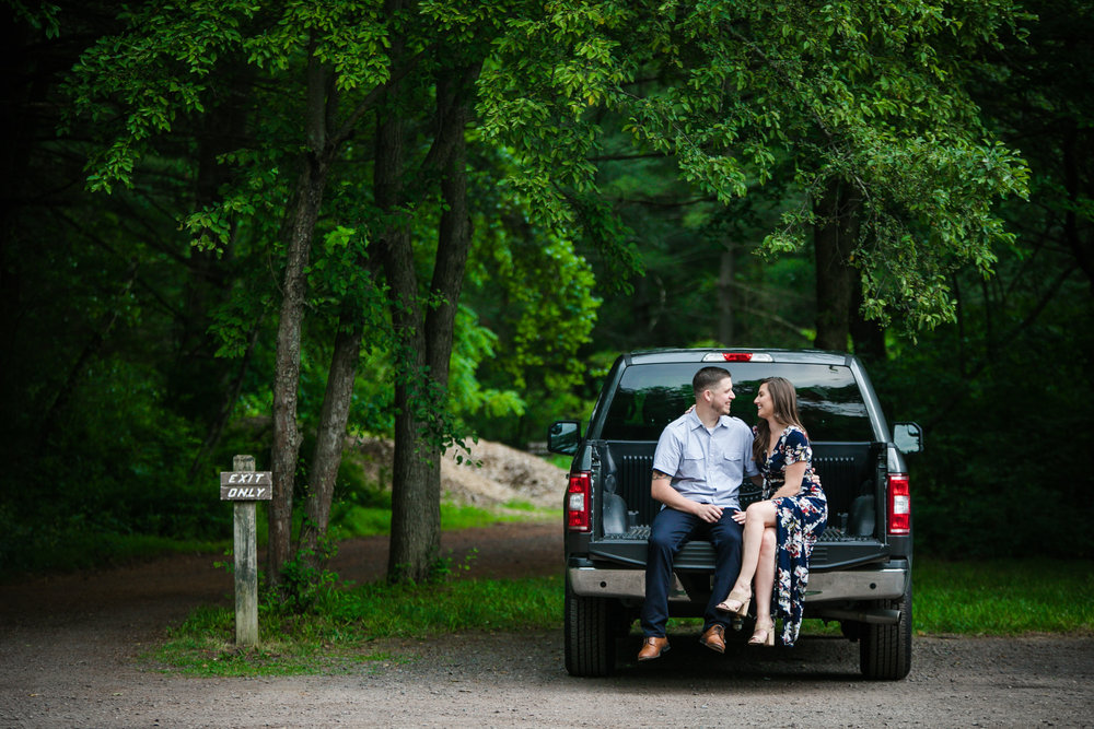 PEACE VALLEY PARK ENGAGEMENT PHOTOS  -  055-2.jpg