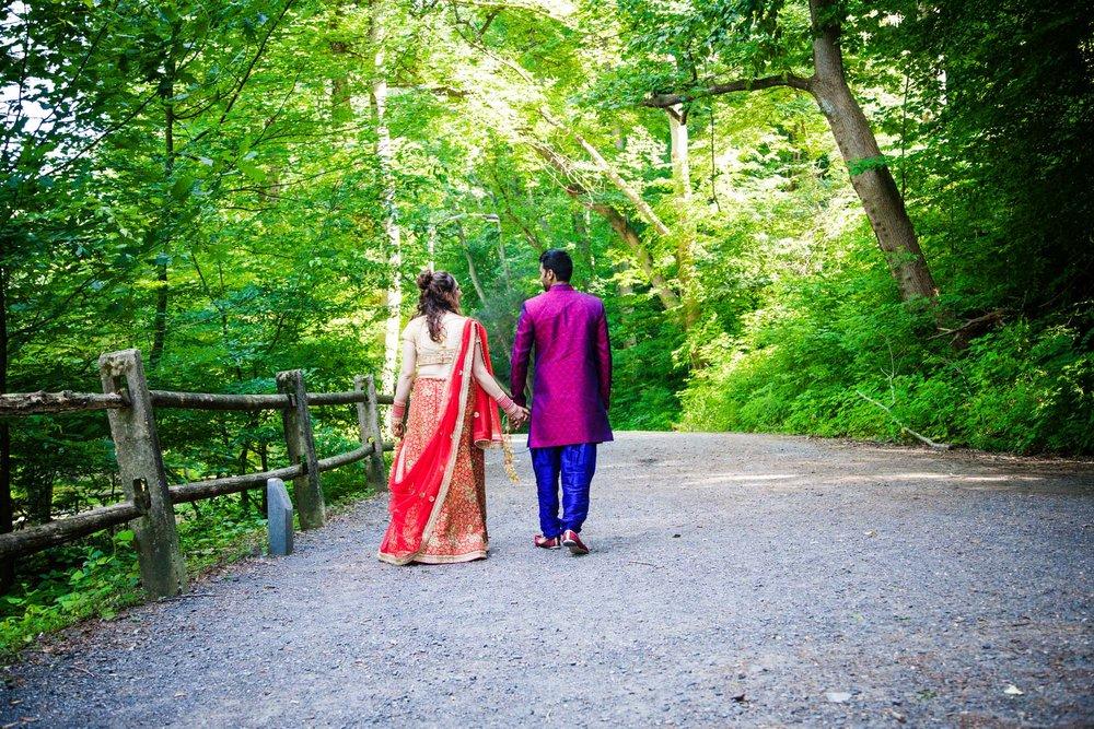 VALLEY GREEN INN WEDDING PHOTOS - 013.jpg