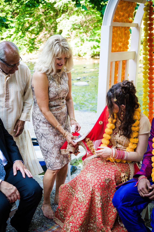 VALLEY GREEN INN WEDDING PHOTOS - 051.jpg
