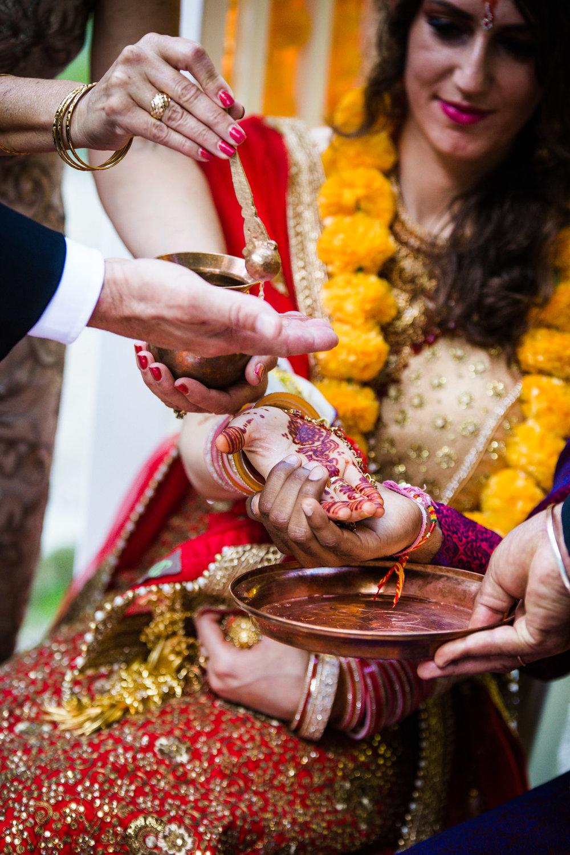 VALLEY GREEN INN WEDDING PHOTOS - 054.jpg