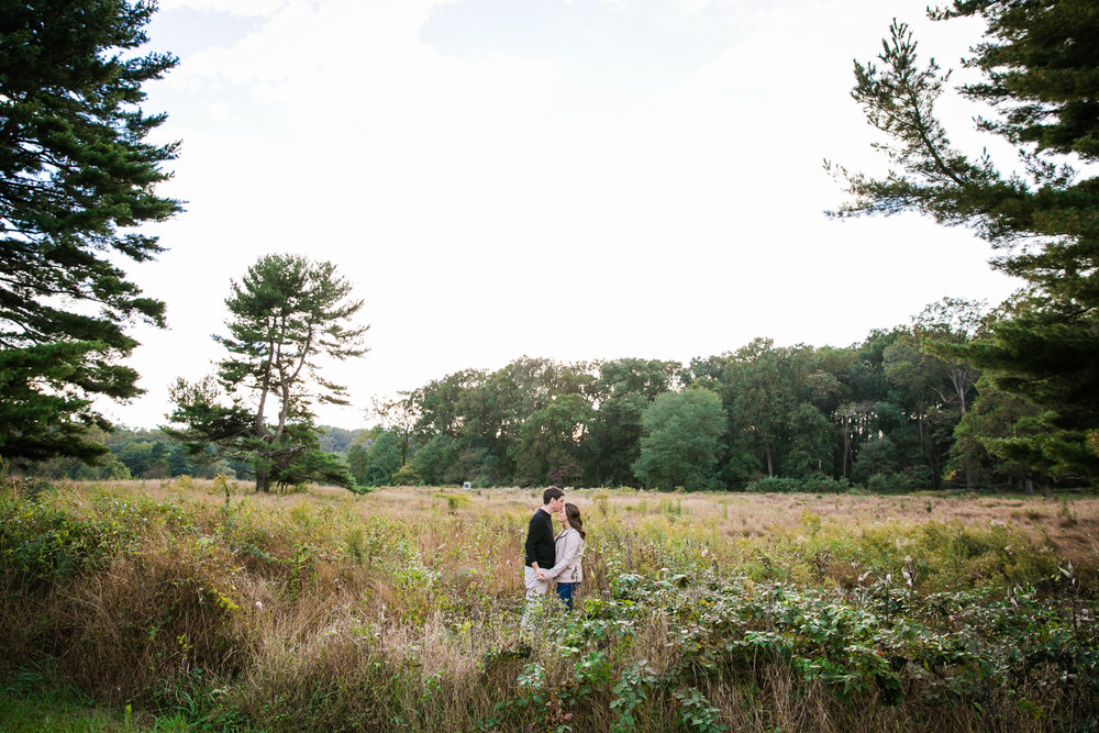 Valley Forge Park Engagement Photos - 015.jpg