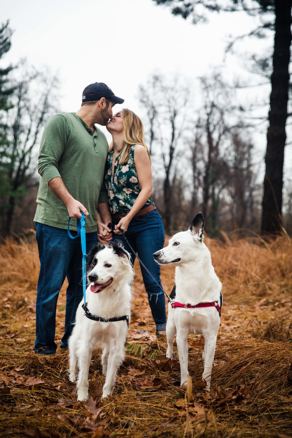 Strawberry Mansion - Family Photoshoot with Dogs-7.jpg