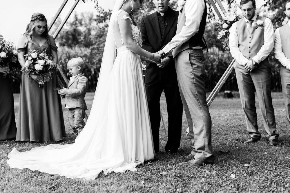 Family Farm Wedding Photography - Lovestruck Pictures-073.jpg