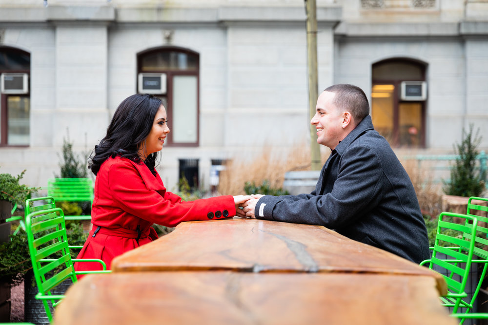 PHILADELPHIA CITY HALL ENGAGEMENT PHOTOS-8.jpg