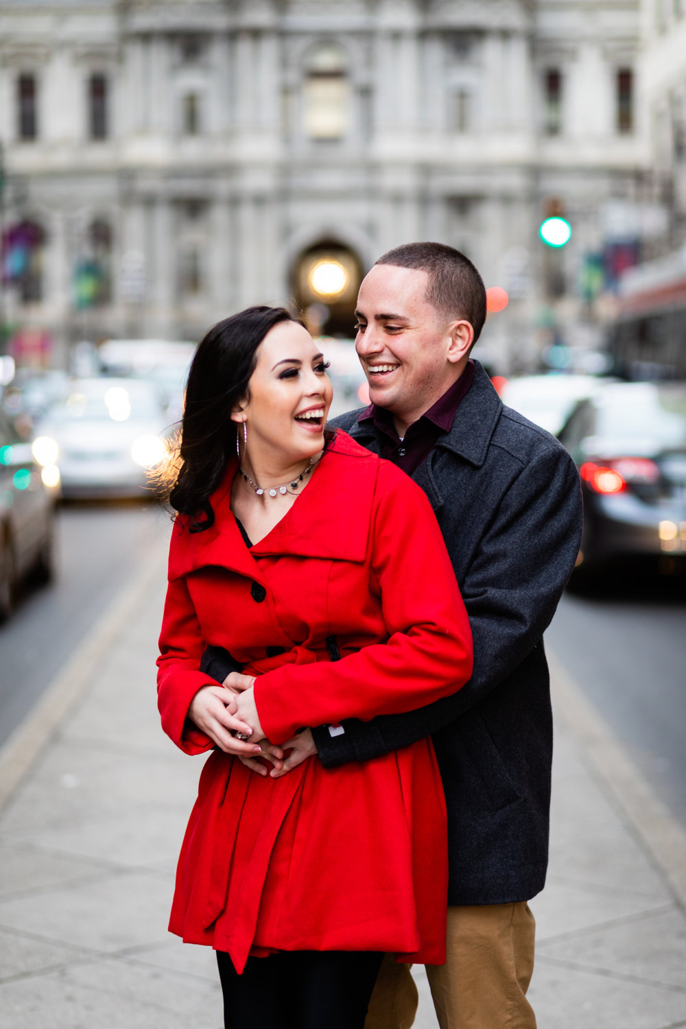 PHILADELPHIA CITY HALL ENGAGEMENT PHOTOS-11.jpg