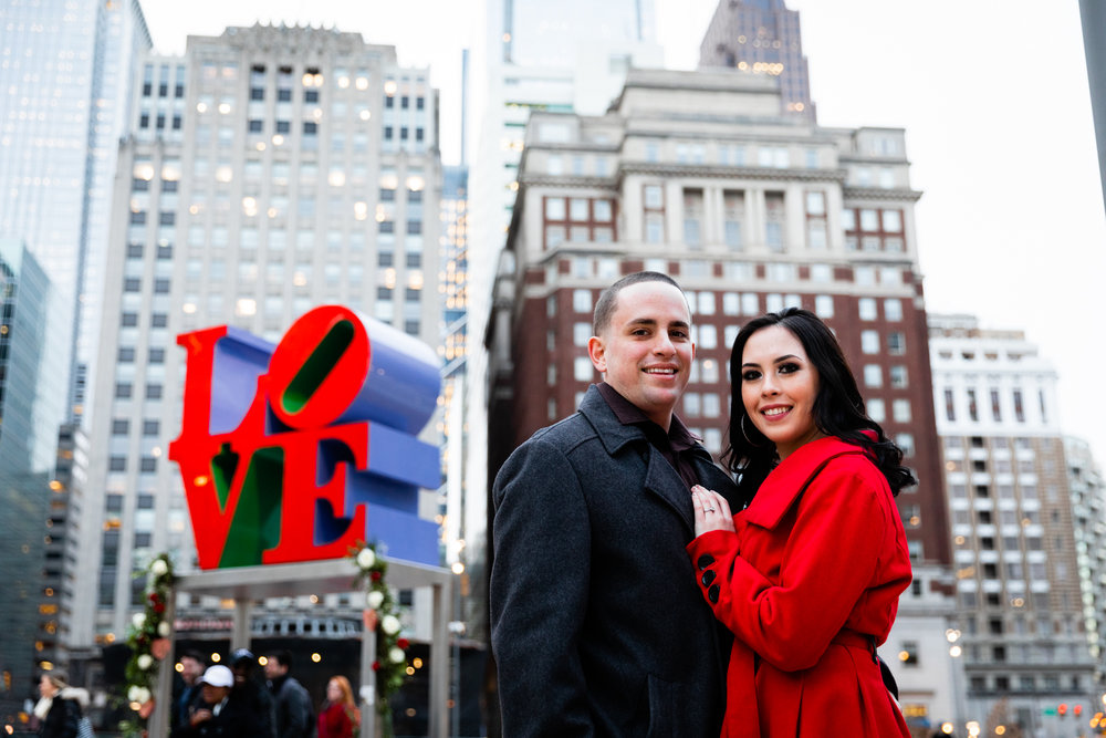 PHILADELPHIA CITY HALL ENGAGEMENT PHOTOS-22.jpg