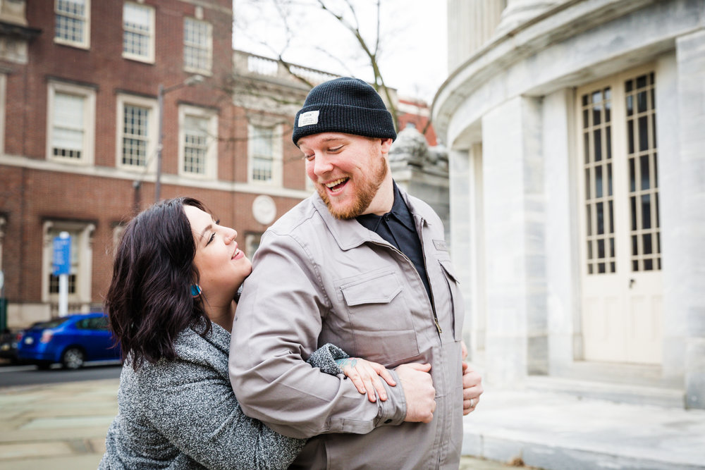 PHILADELPHIA OLD CITY ENGAGEMENT PHOTOS-5.jpg