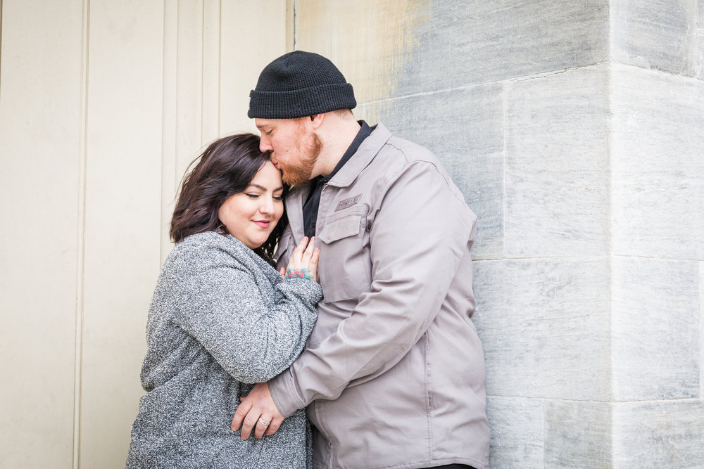 PHILADELPHIA OLD CITY ENGAGEMENT PHOTOS-6.jpg