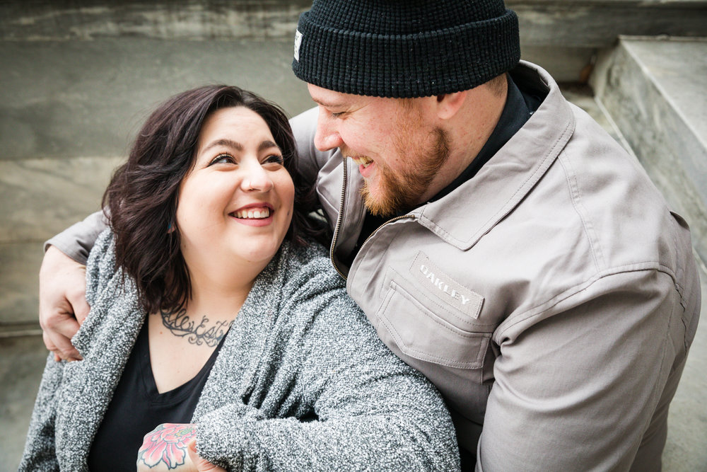 PHILADELPHIA OLD CITY ENGAGEMENT PHOTOS-7.jpg