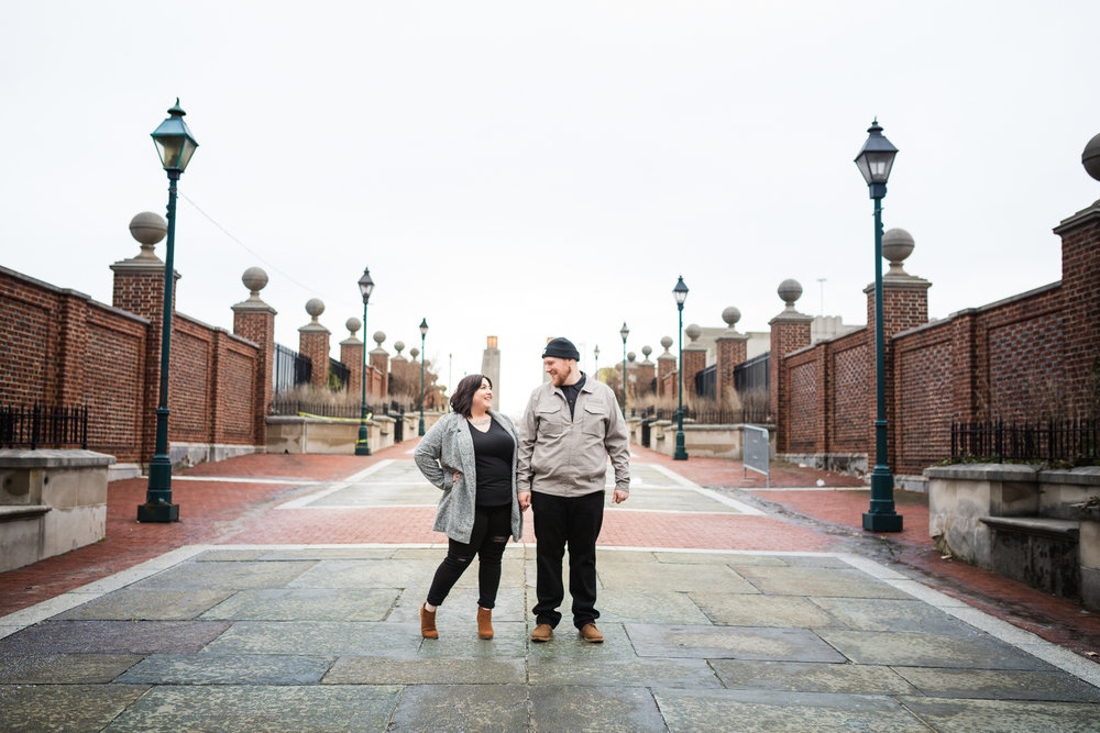 PHILADELPHIA OLD CITY ENGAGEMENT PHOTOS-19.jpg