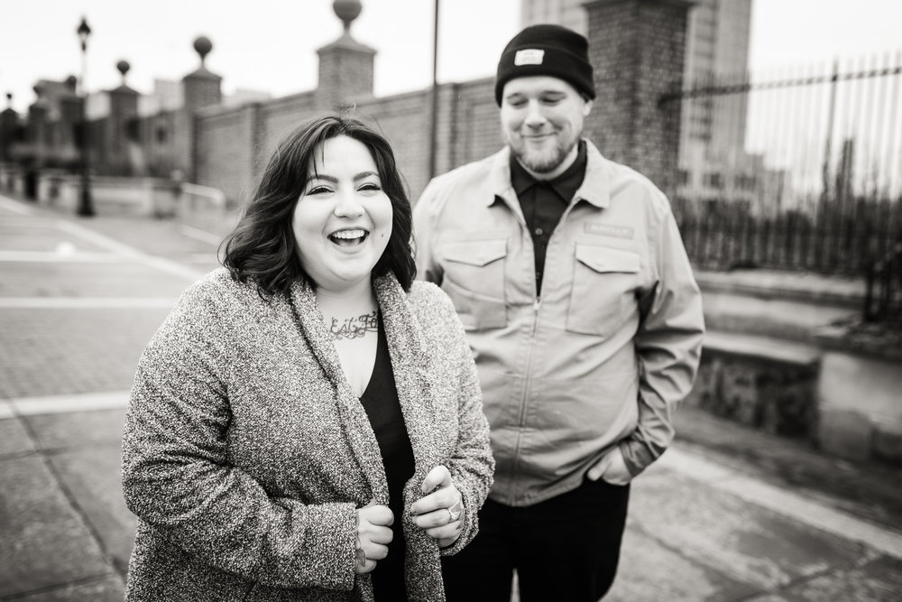 PHILADELPHIA OLD CITY ENGAGEMENT PHOTOS-20.jpg