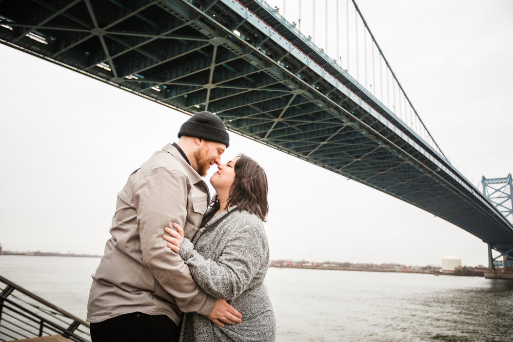 PHILADELPHIA OLD CITY ENGAGEMENT PHOTOS-24.jpg
