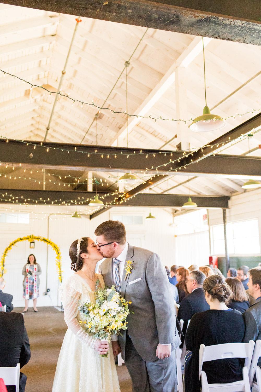 THE FARMHOUSE DE WEDDING PHOTOGRAPHY-057.jpg