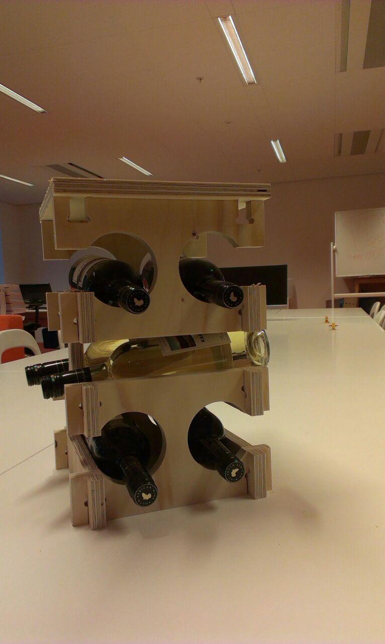 Wijnrek multiplex.jpg