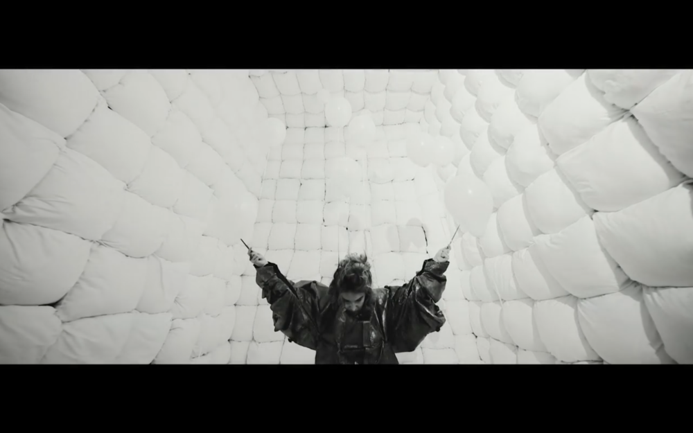 Music Video for Miblu - Shooting Stars   Music video for Miblu's track Shooting Stars