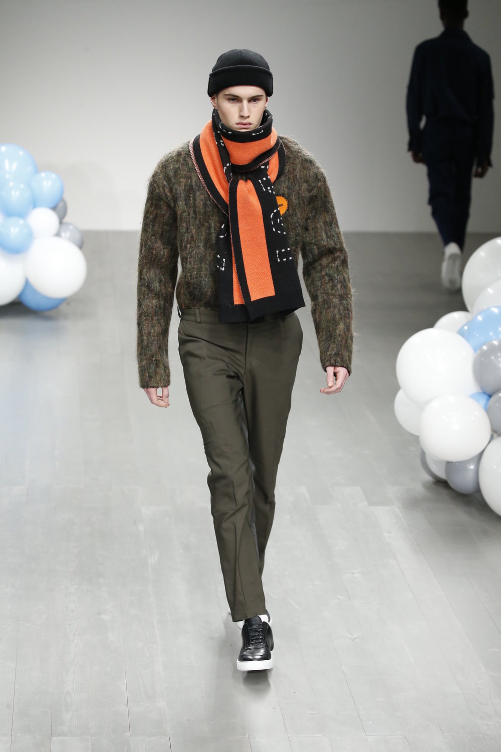 WHAT WE WEAR AW18 LOOK 8.JPG