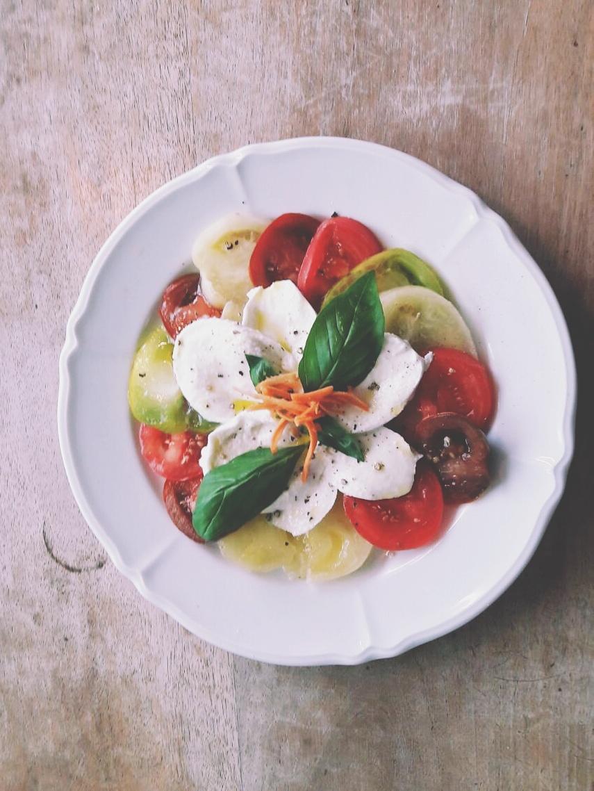 ProSpecieRara-Tomaten mit Büffelmozarella