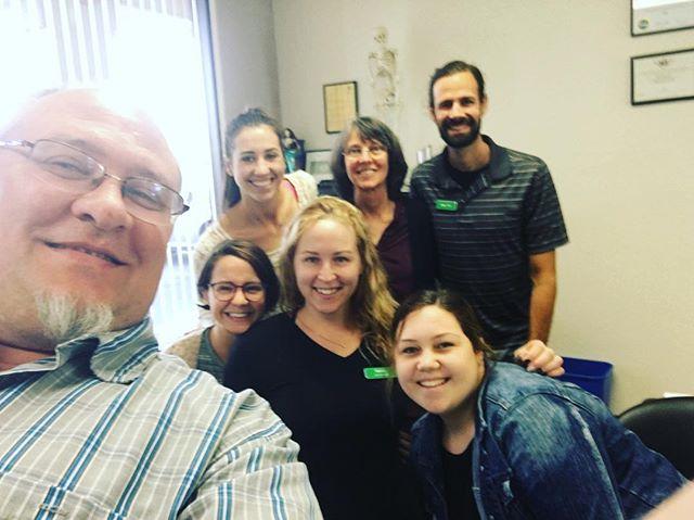 HUDDLE!! #humboldtphysicaltherapy #physicaltherapy #physicaltherapist #physicaltherapistassistant #regroup #recap #teamwork