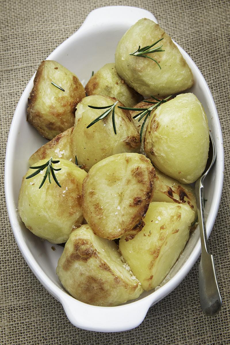 roast-potatoes-christmas-vegan.jpg