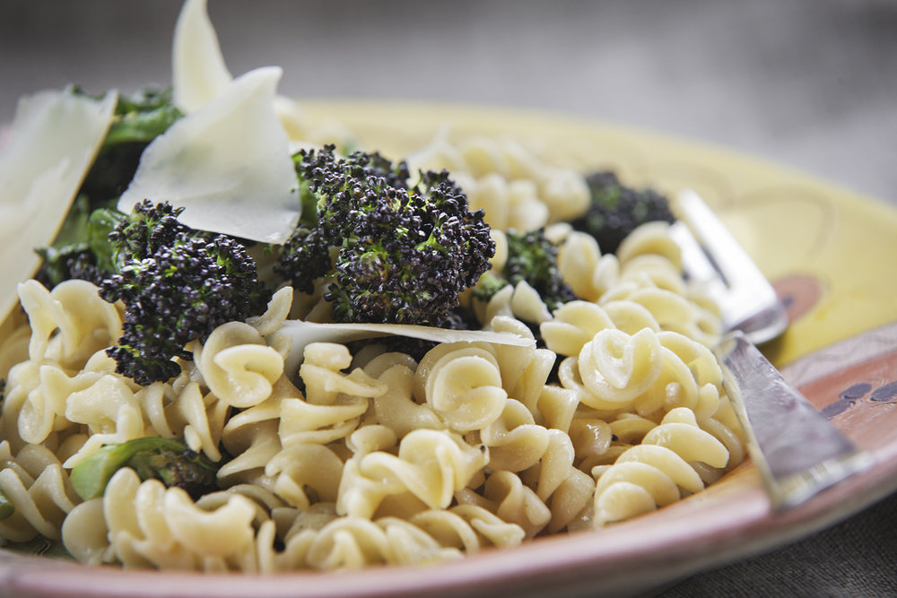vegan-gluten-free-purple-sprouting-broccoli-pasta.jpg