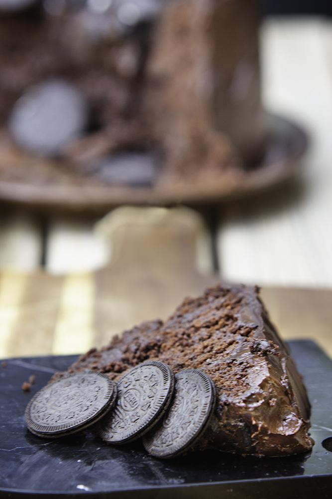 vegan-chocolate-oreo-cake-recipe.jpg
